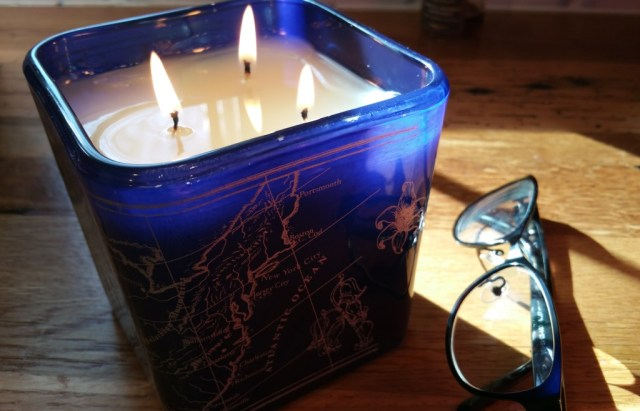 "Be the Light NYC - American Bluebell Bliss Candle (""Gratitude"")"