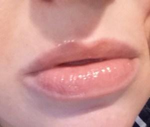 Honest Beauty Lip Gloss in Creative Kiss - swatch