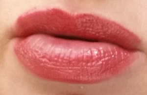Bobbi Brown Nourishing Lip Color Rosebud - swatched on lips