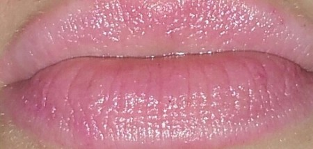 Jane Iredale Lip Drink SPF 15 in Flirt: swatched on lips with flash