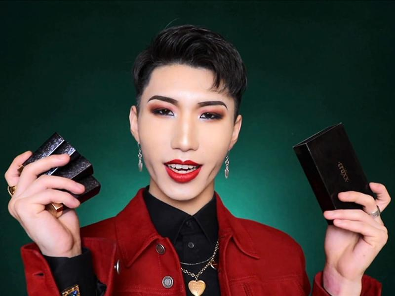 In China Makeup Is Not Just For Women