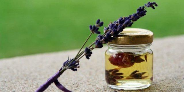 Рецепты средств с маслом лаванды