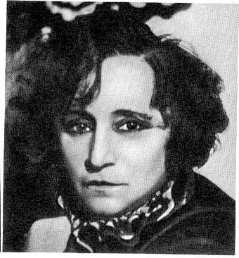 Colette-Portrait-2