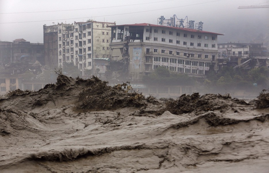 china-flood-sichuan-935-1