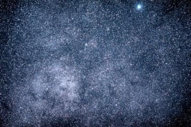 2013-08-31: Alpha Centauri Region - 135mm, 2 x 120 sec, f/2, ISO 5000.