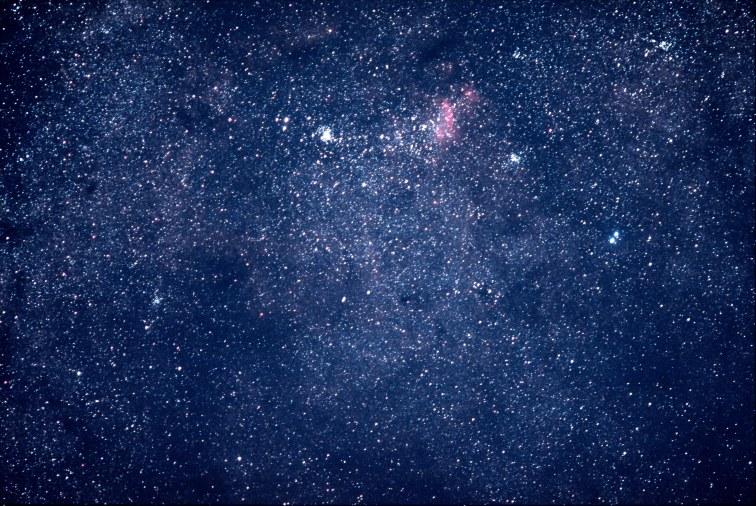 2013-08-31: Scorpius, 135mm, 4 x 30 sec, f/2, 6400.