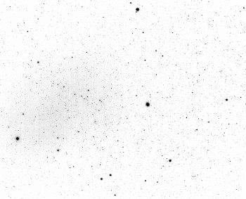 2015-04-12: Centaurus -10 x 25sec, 50mm, f1/4, ISO100, Omega C Centauri and Centaurus A.