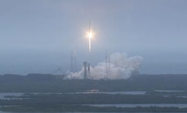 151206-launch