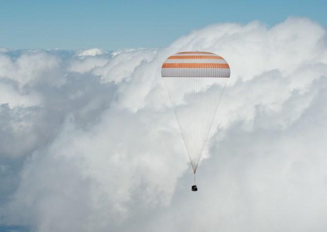 Image: Soyuz descent
