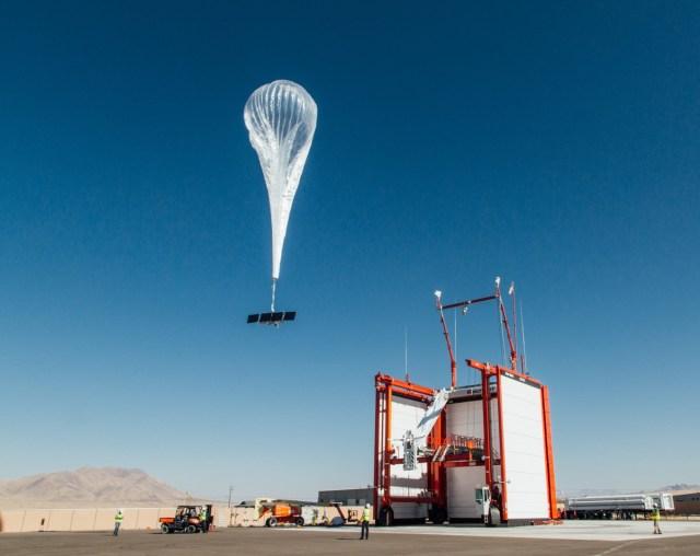 Loon balloon launch