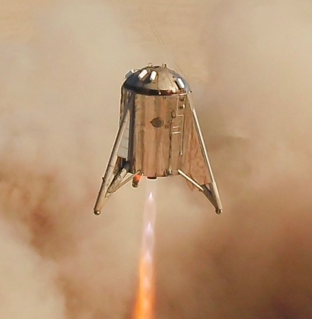 Starhopper fires engine