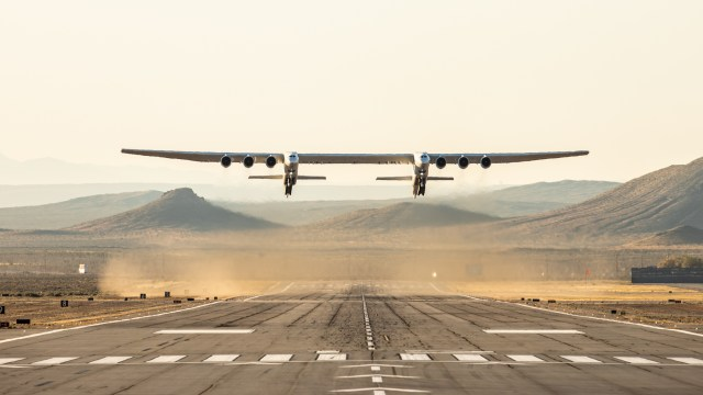 Stratolaunch plane in the air