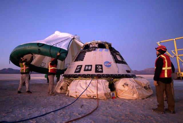 Starliner landing