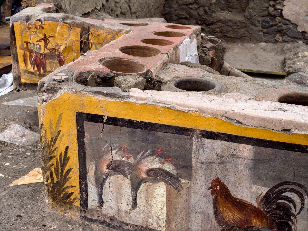 Pompeii thermopolium frescoes
