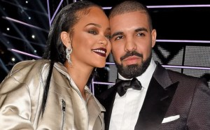 Drake Prays for his fans image