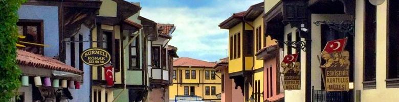 Verborgen parels van Turkije: Eskişehir's kleurrijk Odunpazarı met kinderen