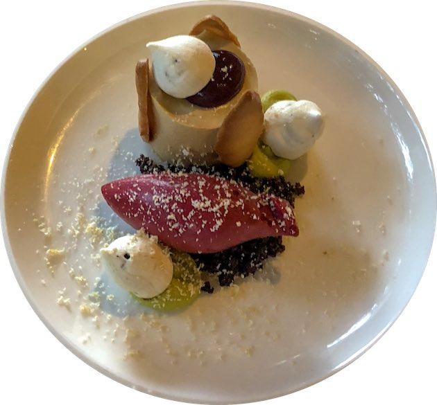 Dessert bij het diner in Hotel Restaurant Mardaga