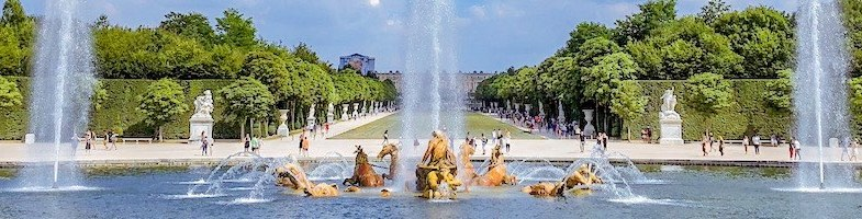 Visiting Versailles: Ultimate Paris to Versailles day trip guide