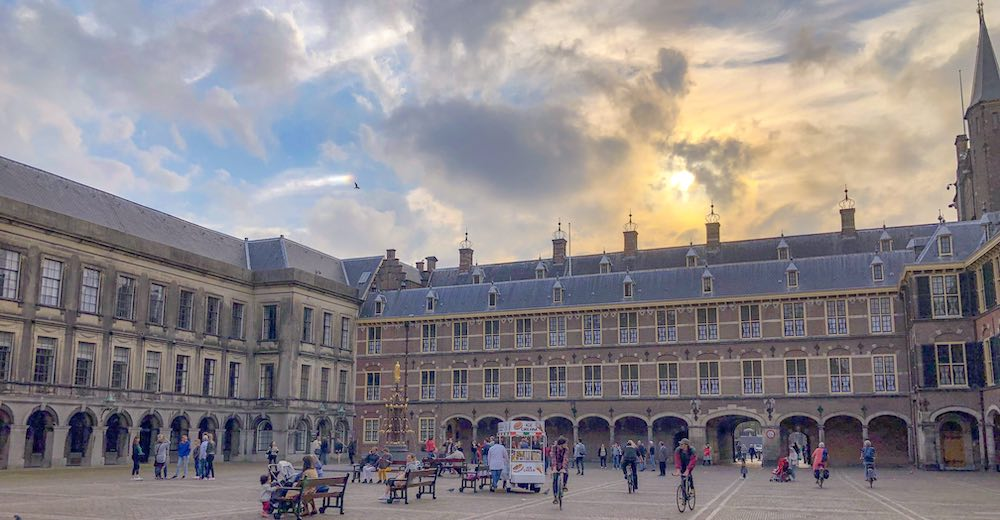 The Binnenhof, one of the classic attractions and a must when you visit The Hague