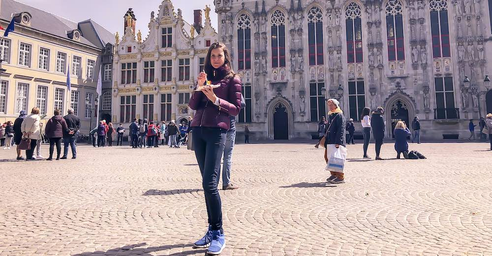 Find the best waffles in Bruges at the Burg square