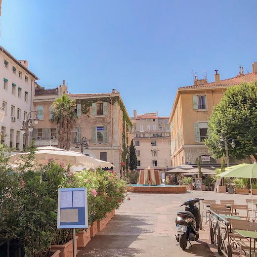 Walking from Cours Honoré d'Estienne d'Orves to Cours Julien is one of the recommended things to do in Marseille