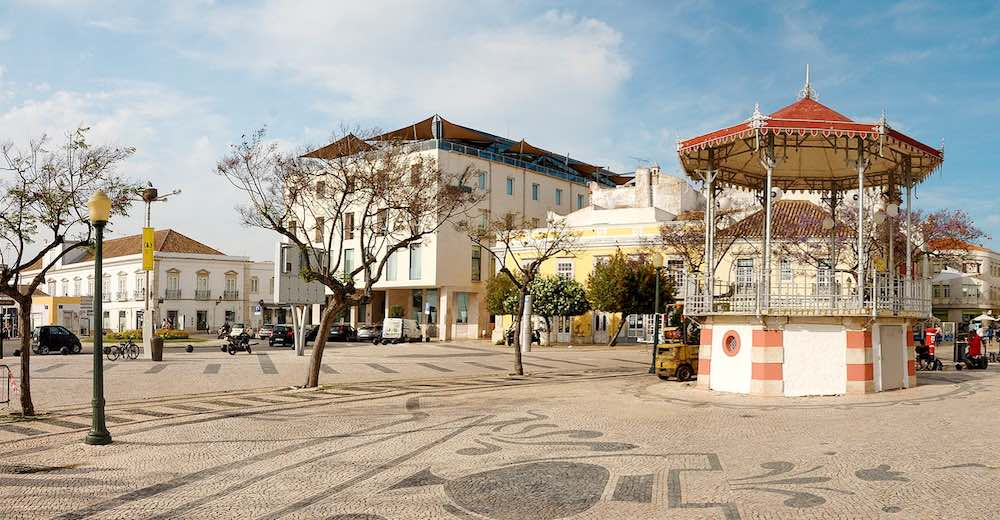 Head to the Jardim Manuel Bivar in the newer part of town to taste some local food in a Faro restaurant