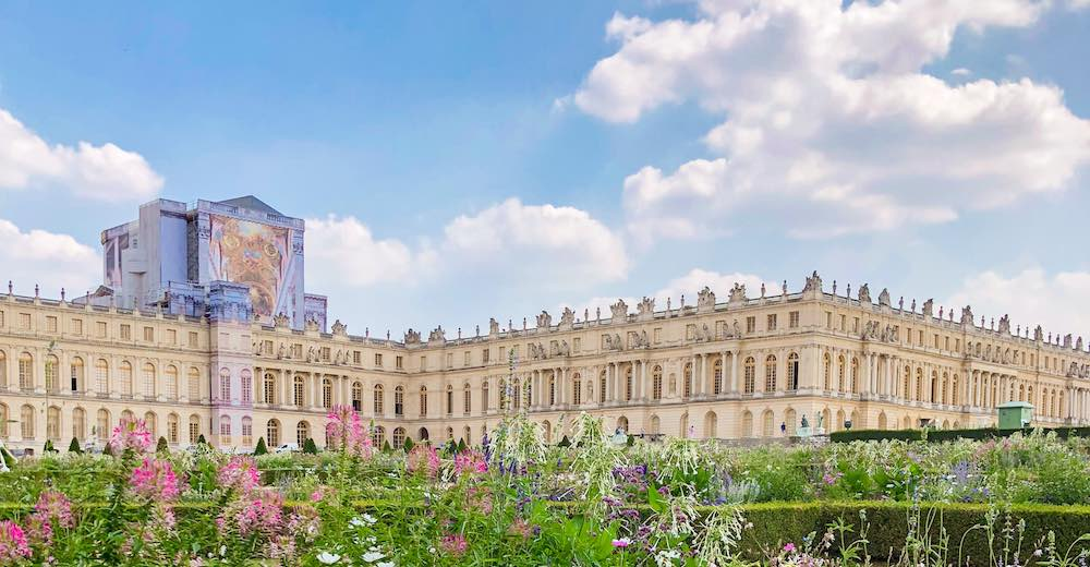 There are plenty of options to get from Paris to Palace of Versailles