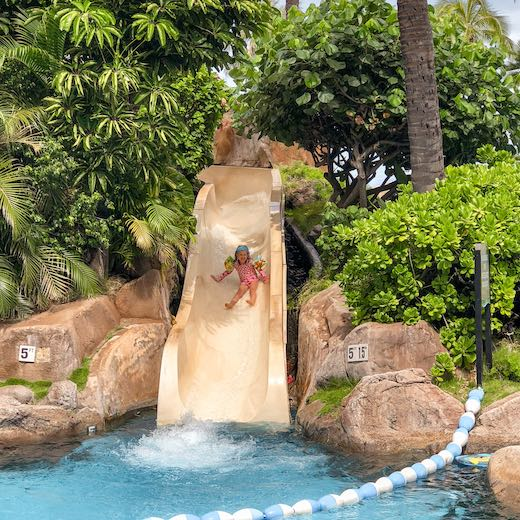 Maui best Hawaiian island for families with young kids thanks to many family friendly resorts