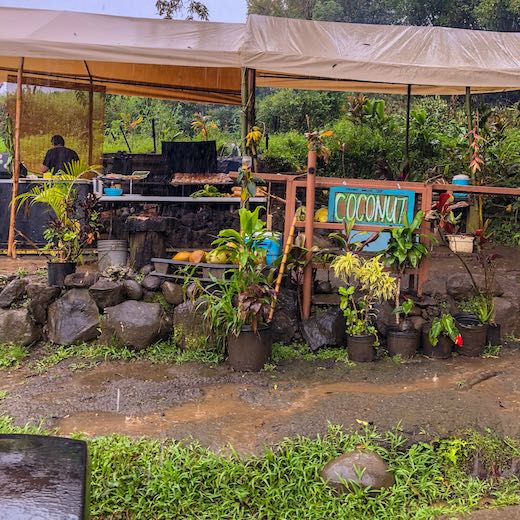 A food stand at the Road to Hana