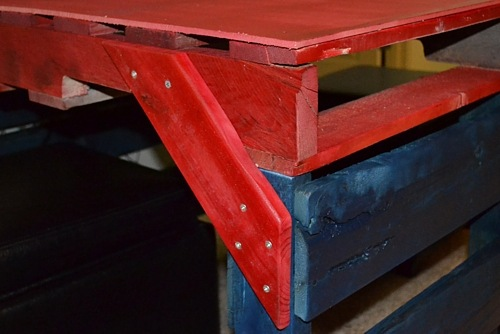 A Table Made from Pallets | Cosmopolitan Cornbread
