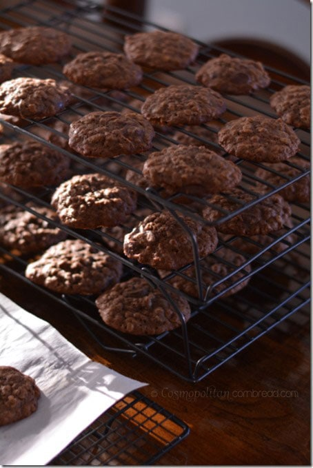 Chewy and delicious Double Chocolate Oatmeal Cookies - get the recipe from Cosmopolitan Cornbread