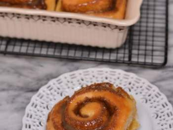 How to make Homemade Cinnamon Rolls from Cosmopolitan Cornbread