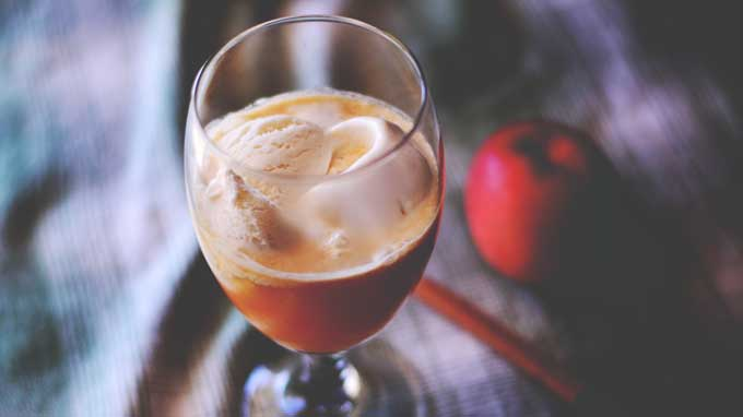 Apple Pie Float