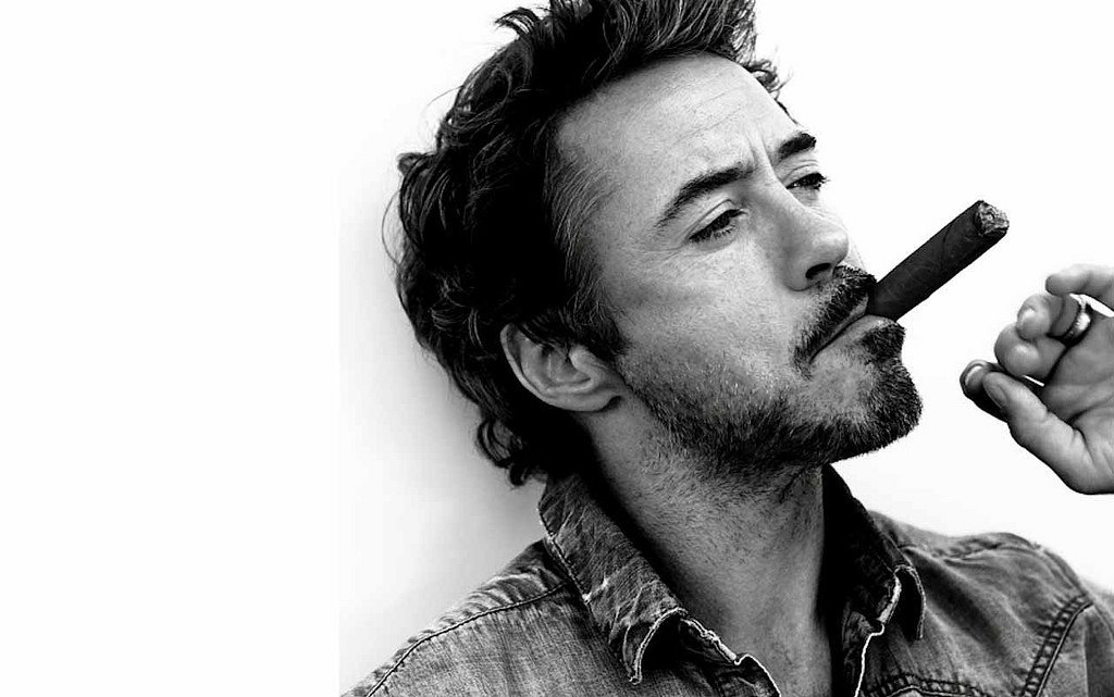 ROBERT DOWNEY JR. (See-Saw Pattern)