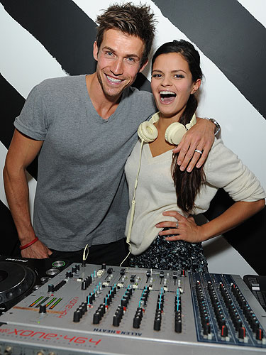 Cosmo partied with Andrew Cooper at the Diet Coke 30th ...