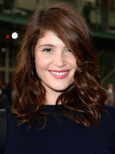 Light Effect Hd Wallpaper Hair News Gemma Arterton Enjoys Her Fringe Benefits In