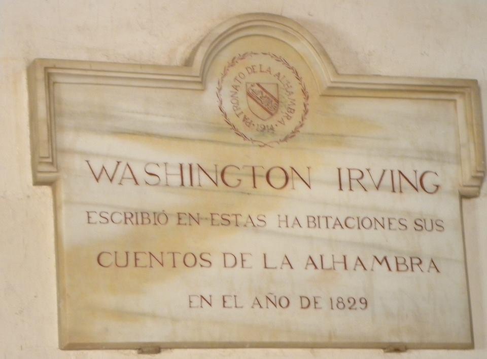 Placa conmemorativa de la estancia de Irving en la Alhambra