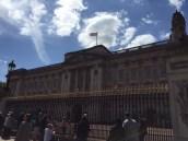 Die Queen war da, doch rein beten wollte sie uns nicht.