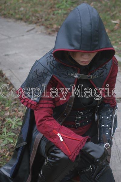 Female robin cosplay fire emblem