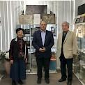 Представители токийского Университета Тюо, посредине – директор 1-го Русского Музея в Австралии, Михаил Моисеевич Овчинников.