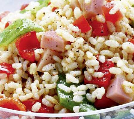Salata tricolora de orez