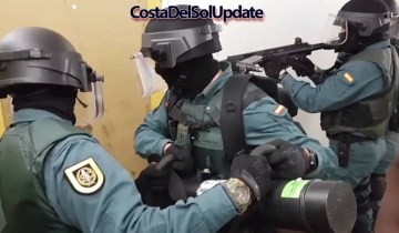 Armed Police Storm Illegal Expat Ballot In Benalmadena
