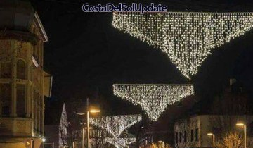 Rude Malaga Christmas Lights Cause Offense