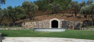 Long Family Private Caves