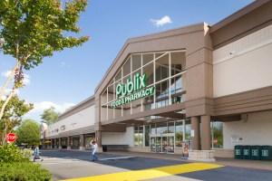 A private Southern California investor acquired the Alpharetta Commons retail center north of Atlanta for $24.6 million. (CBRE)