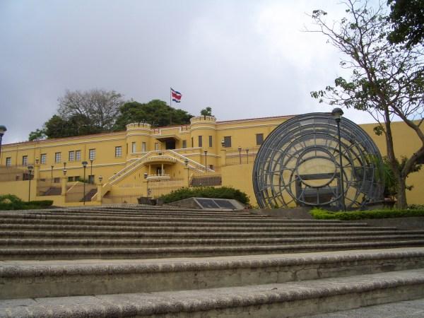 Visita Al Museo Nacional Apu En Costa Rica