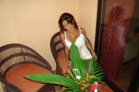 costa-rica-girls02