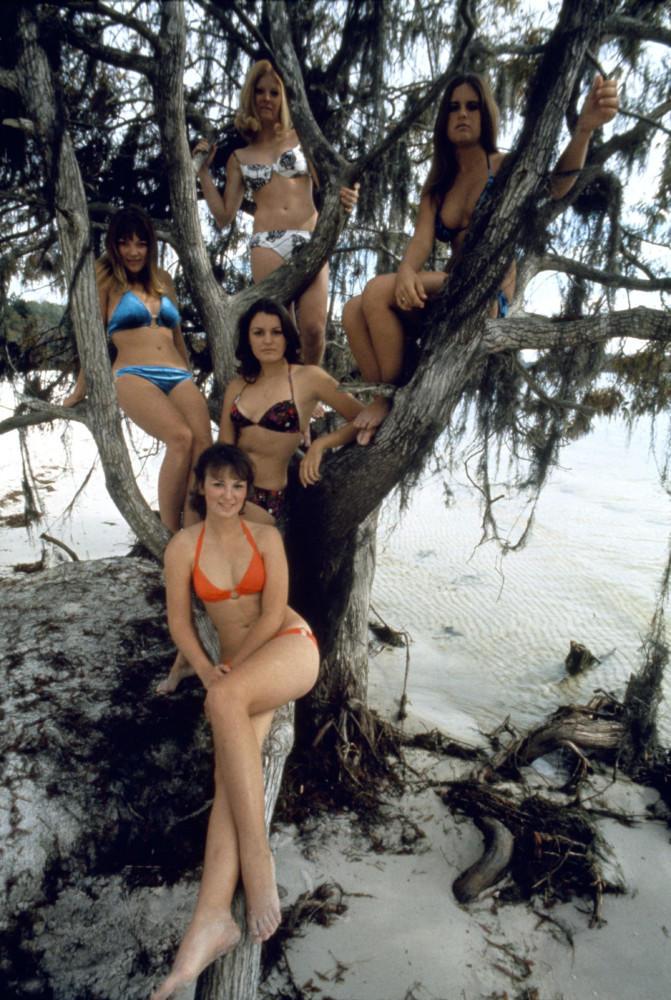 Rene Burri Disneyland beach. 1971.