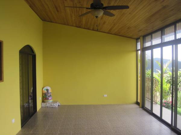 ee4215-enclosed-terrace