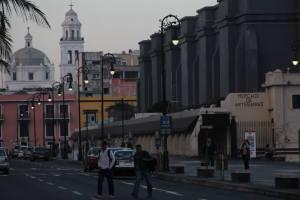 La ciudad de Veracruz tiene una Concentración promedio anual de 53.03 PM10 (μg/m3) de contaminación atmosférica, arriba de lo que establece la OMS que es de 20 PM10 según el IMCO.